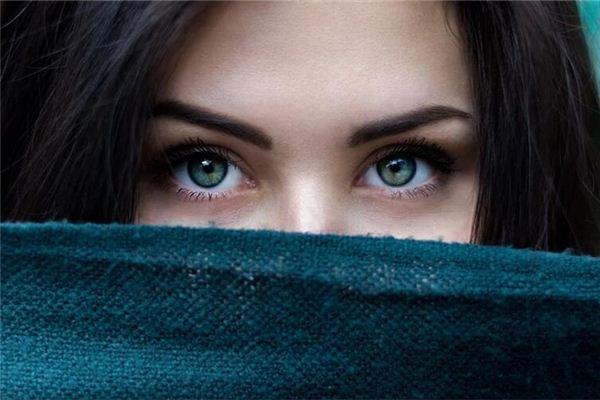O significado e o símbolo dos sonhos com os olhos
